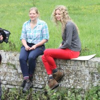Suzannah Lipscomb with Dani Wootton on Time Team, Series 20